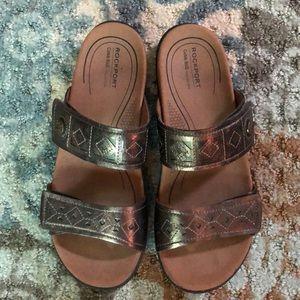 Beautiful metallic Rockport sandals - like new